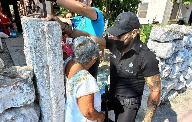 Ayuntamiento en Yucatán celebra el Día de las Madres con strippers #VIDEO