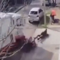 Vecinos frustran asalto en Tultitlán; atropellan y golpean a ladrones
