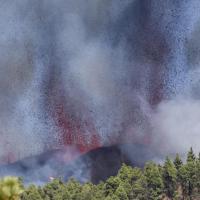 Volcán de Cumbre Vieja en La Palma hace erupción #VIDEOS