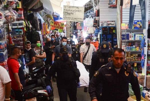 Asesinan a balazos a dos presuntos sicarios en Tepito