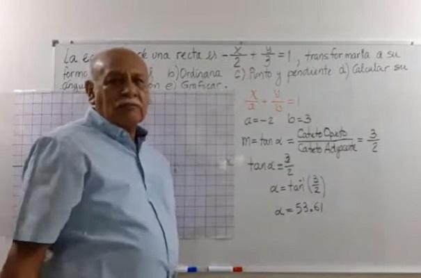 IPN reconoce a profesor por crear canal de YouTube para enseñar matemáticas
