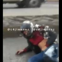 """""""Ay te viene la tira wey"""": #VIDEO muestra a sicario tras balacera en AICM"""