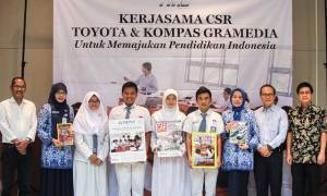 Toyota Donasikan Ratusan Ribu Bacaan ke Sekolah