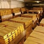 kelebihan menyimpan emas