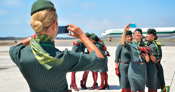 Alitalia plans to hire 500 new Cabin Crew / flight attendants by 2019