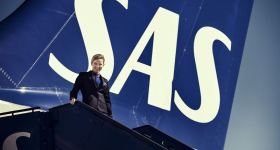 Scandinavian Airline SAS is Offering People the Chance to Work as Cabin Crew Part Time - Perfect for Students