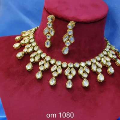 kundan necklace set gale ka set in kundan jewellery