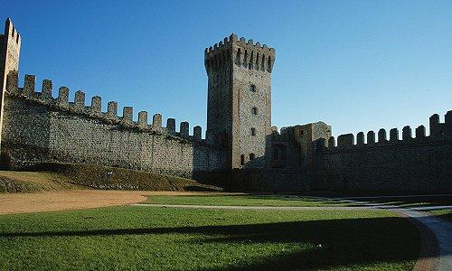 Risultati immagini per castello este