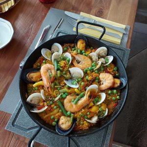 Paella Mix mit Meeresfrüchte und Hähnchen