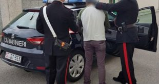 Vitulazio – Picchia il padre per estorcere denaro, arrestato 40enne