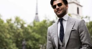 Moda, come scegliere l'abito grigio da uomo