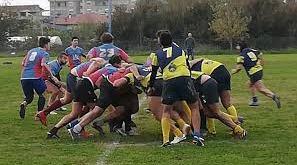 Santa Maria Capua Vetere – Domenica impegnativa per il Rugby Clan, sconfitta dei Seniores ripagata dalle prestazioni dei giovani