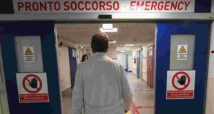 Santa Maria a Vico – Cade dal balcone: donna trasportata in ospedale in codice rosso