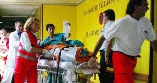 Castello Matese / Piedimonte Matese – Sferra 3 coltellate al rivale in amore, 50enne prima scappa poi si costituisce. Piantonato in ospedale