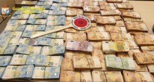 Camorra e Affari – Usura e riciclaggio, sequestro milionario all'alleato dei clan