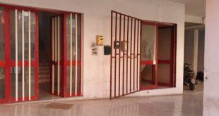 TEANO – Sfonda i cancelli e occupa una struttura dell'Alberghiero, denunciato dalla polizia municipale