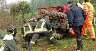 Teano – Tragedia nella frazione Pugliano, 37enne schiacciato dal trattore. Lascia moglie e figlio
