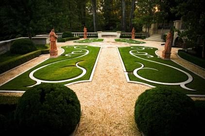 belz_main_garden_18 copy
