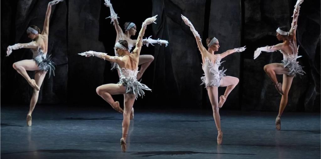 Lac, par les Ballets de Monte-Carlo
