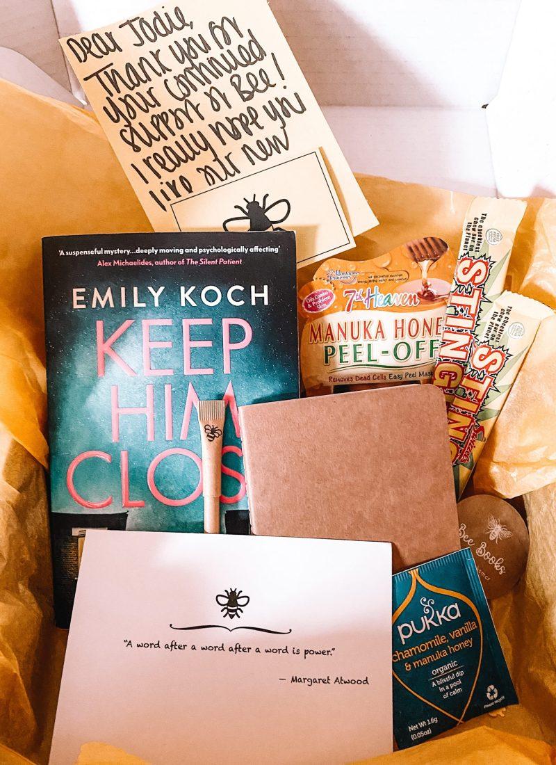 A New Bookish Box: 'The Bee Box'