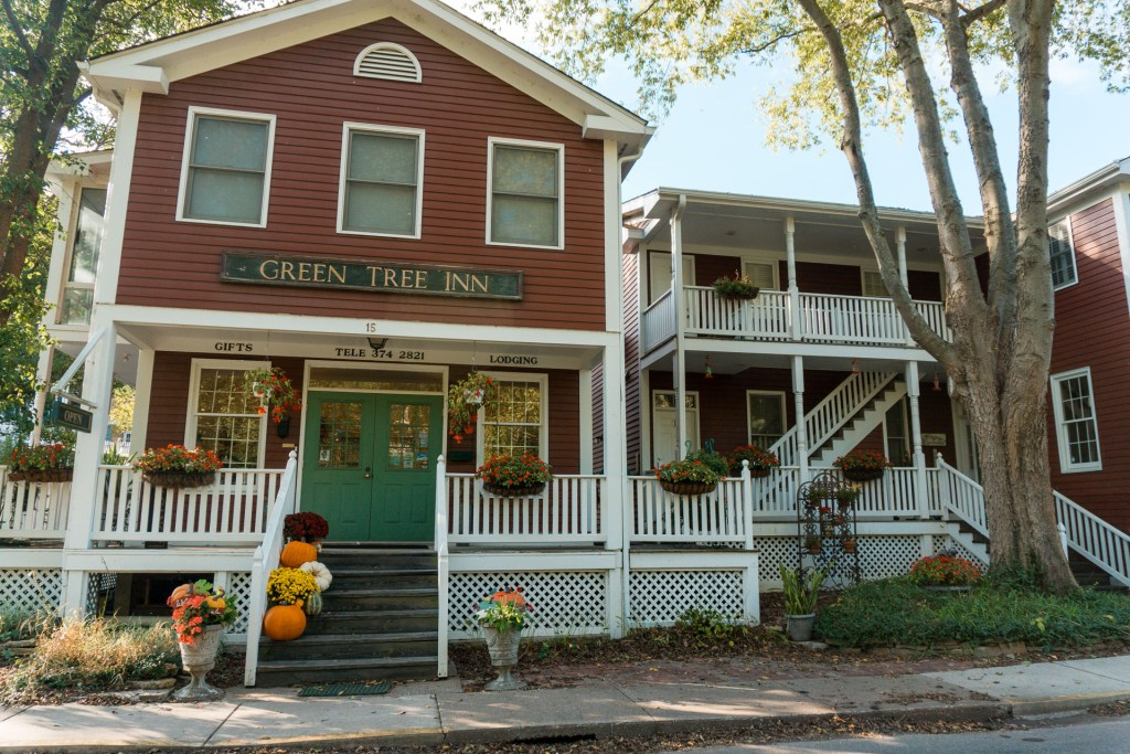 Green Tree Inn of Elsah - Alton, Illinois