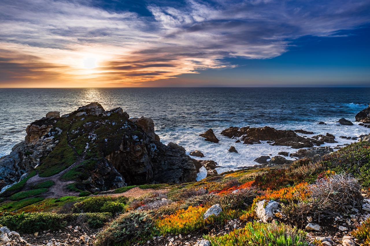 Budget-Friendly West Coast Road Trip Destinations