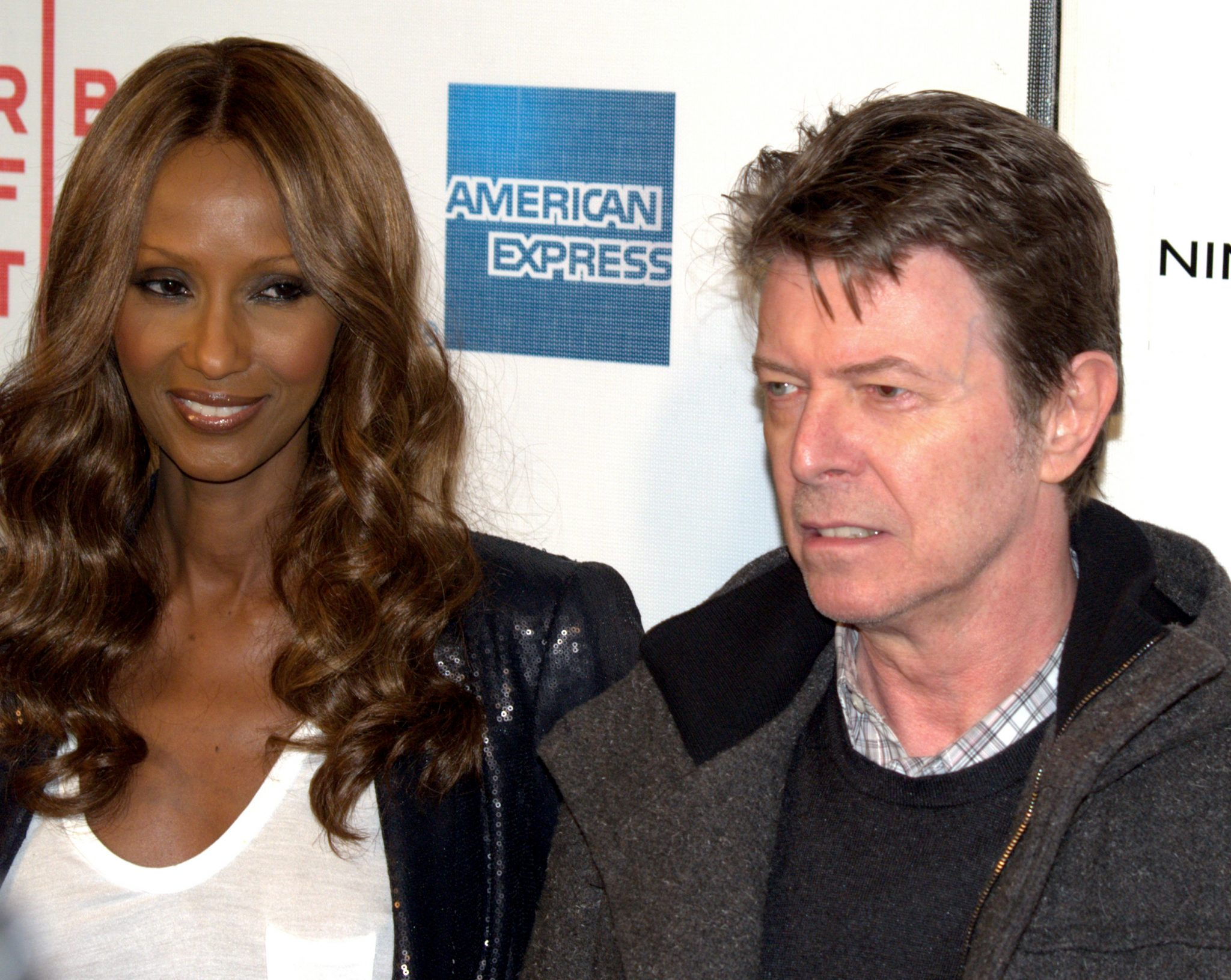 Iman_and_David_Bowie_at_the_premiere_of_Moon[1]