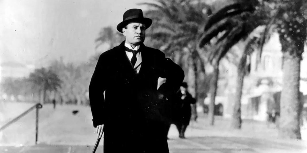 """""""Storia di un anno (1944)"""" di Benito Mussolini"""