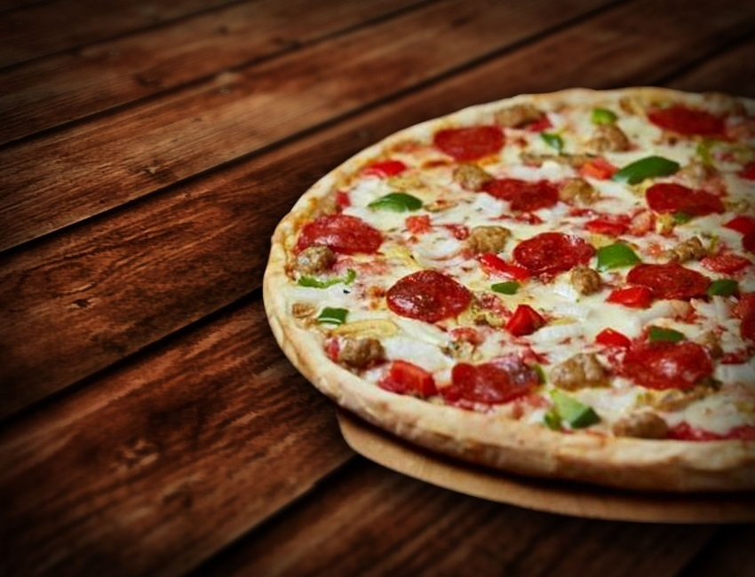 OTS_Pizza_GENERIC_1488573741167.jpg