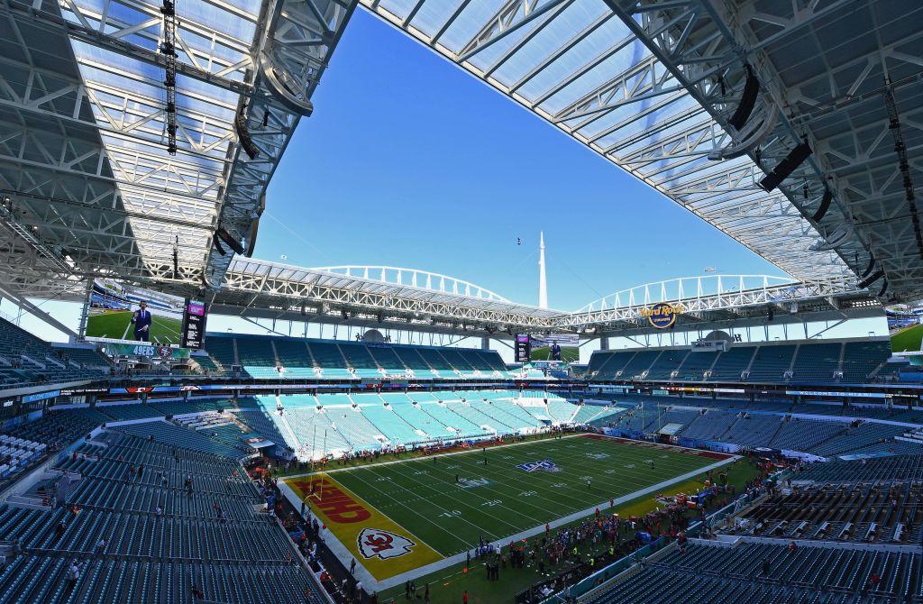 Super Bowl Live Blog Teams Arrive At Stadium Pahomepage Com