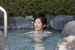 篠原涼子ヌード入浴エロお宝画像