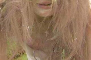 ダレノガレ明美おっぱいポロリ乳首露出放送事故エロお宝画像22