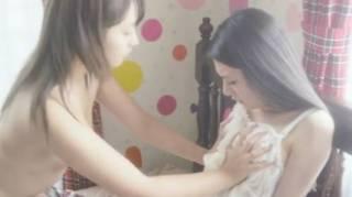 橋本甜歌(てんちむ)過激全裸ヘアヌードレズ濡れ場エロお宝画像