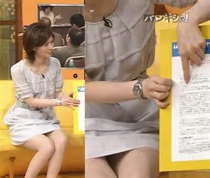 鈴江奈々アナパンチラお尻のワレメ丸見え放送事故エロお宝画像