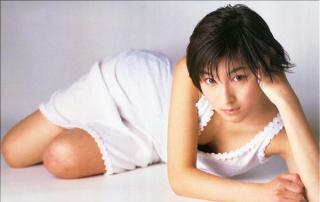 広末涼子胸の谷間エロ画像6