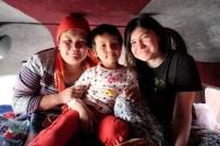 Io, la mamma e la bambina nel furgone merci