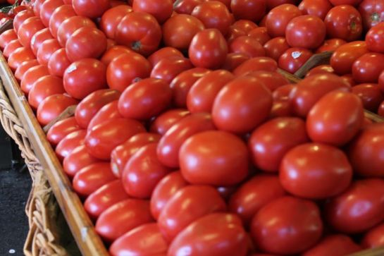 Tomatoes at the Original Farmers Market