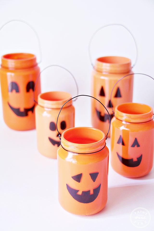 jack-o-lantern-jars-20