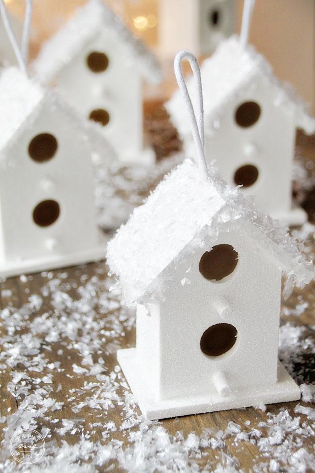 snowy-birdhouse-2