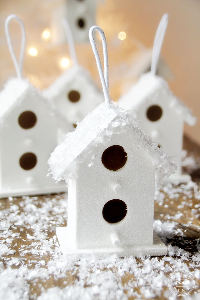 snowy-birdhouse-5