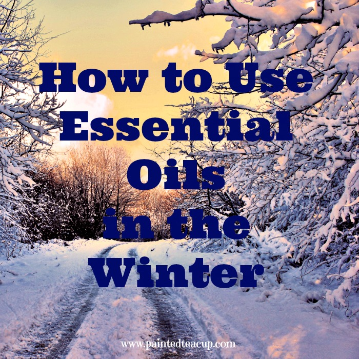 How to Use Essential Oils in the Winter. Essential oils of immune system and respiratory support, dry skin, warming essential oils and winter essential oil diffuser blends. www.paintedteacup.com