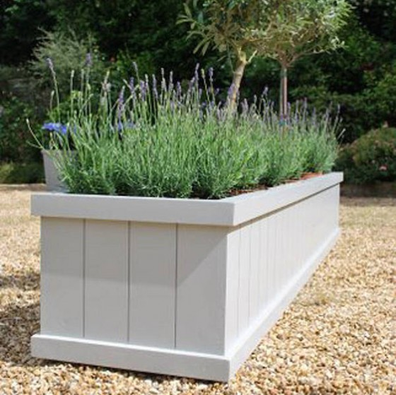 Garden planters…lovely, painted garden planters…gorgeous!