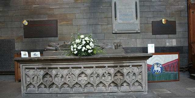 Marjory Bruce's burial tomb.