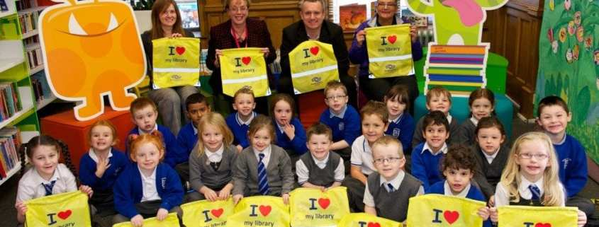 Councillor Iain Mcillan, West PS pupils and The Skoobs
