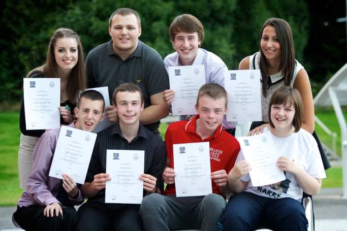 DoE gold awrd winners from Park Mains and Kersland schools