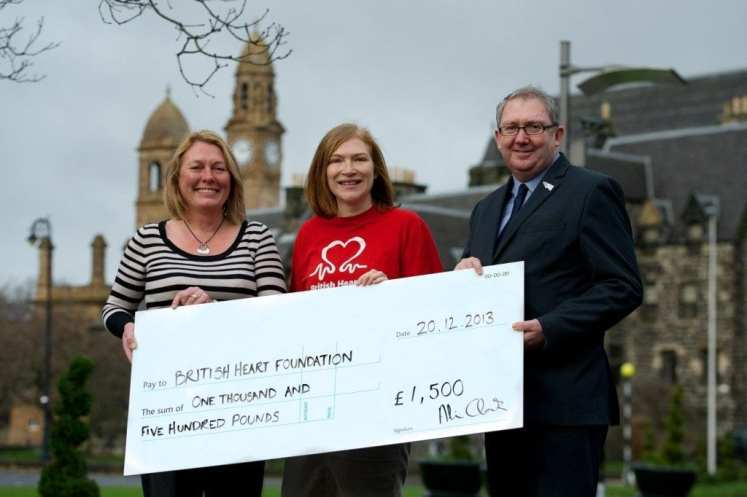 KE 10K cheque presentation 2 - Town Hall