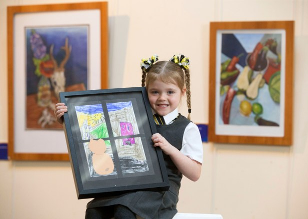 21/01/18… MUSEUM - PAISLEY. Exhibittion showcasing local youngsters art winner Niamh McKniff (5)
