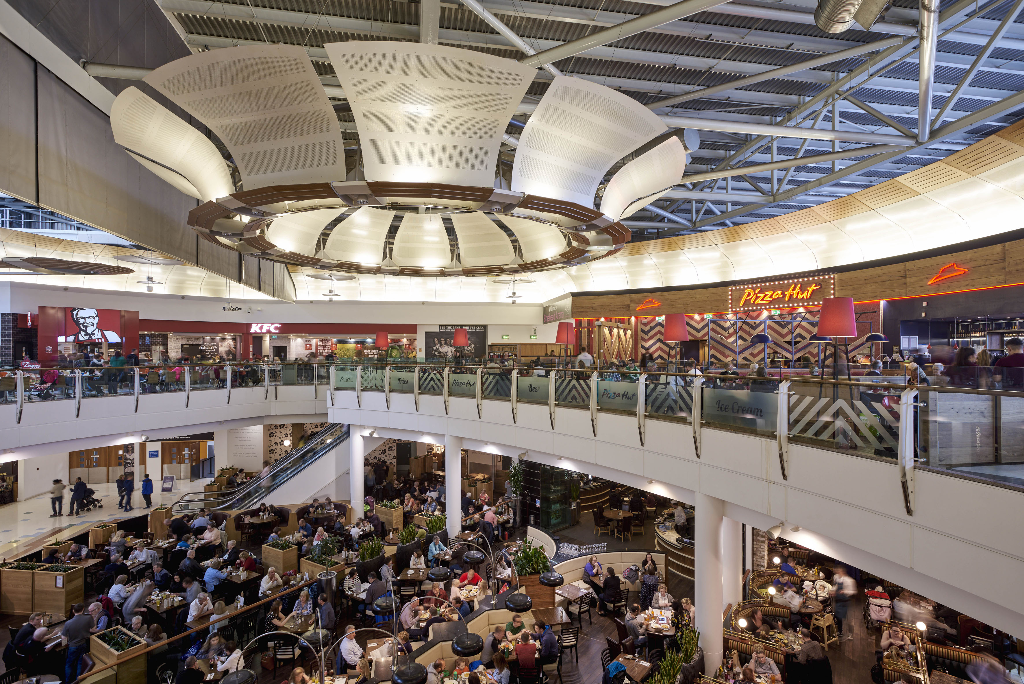 Shoppers Urged To Vote In The 2018 Intu Braehead Retailer