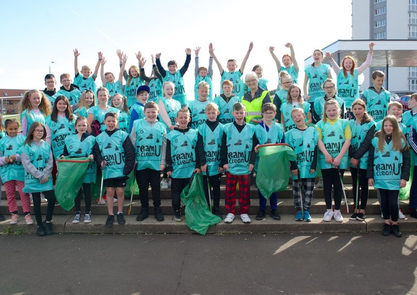 Heriot Primary - Group shot