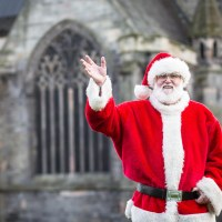 Paisley Christmas Light Switch On Times